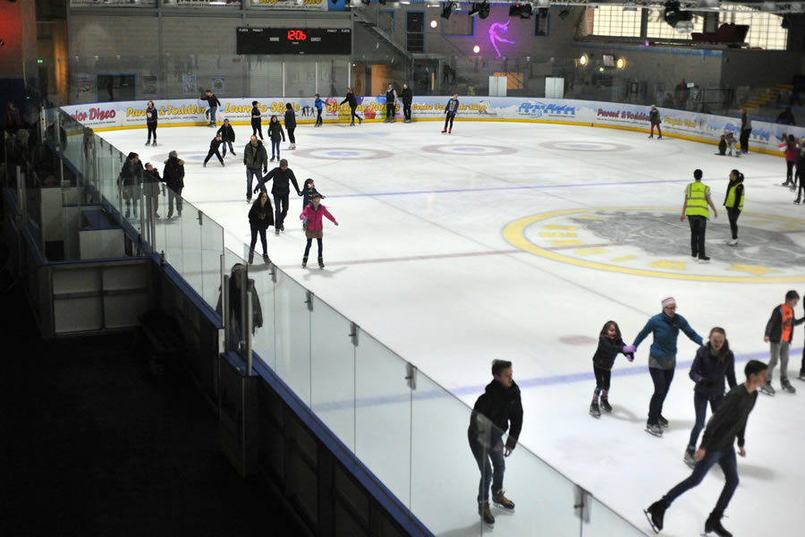 Silver Blades Ice Rink - Altrincham - image 0