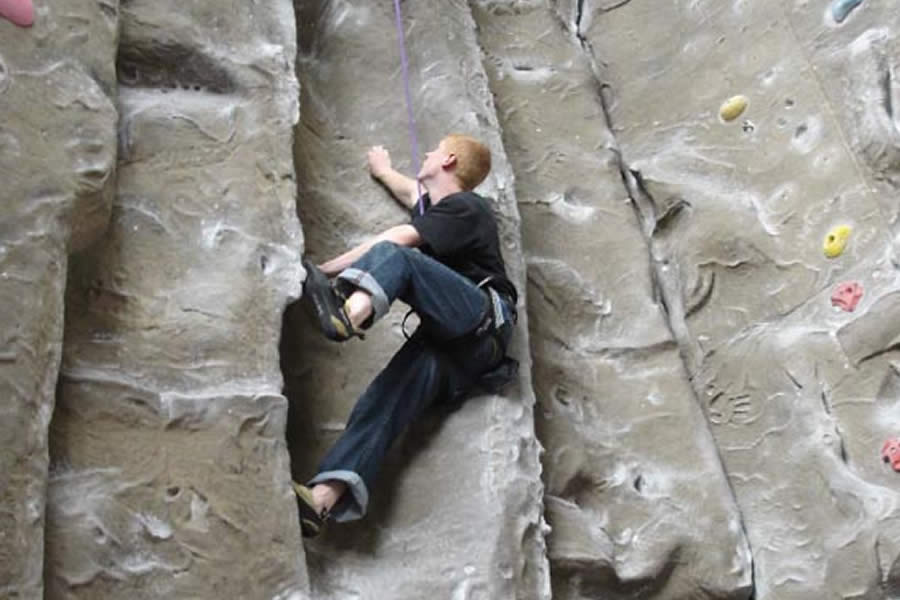 Rope Race Climbing and Activity Centre - Stockport - image 0